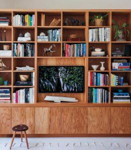 5 แบบตู้หนังสือที่จะทำให้คุณอยากอ่านมากขึ้น Inspire